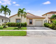 18536 Nw 22nd St, Pembroke Pines image