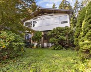 1621 Deep Cove Road, North Vancouver image