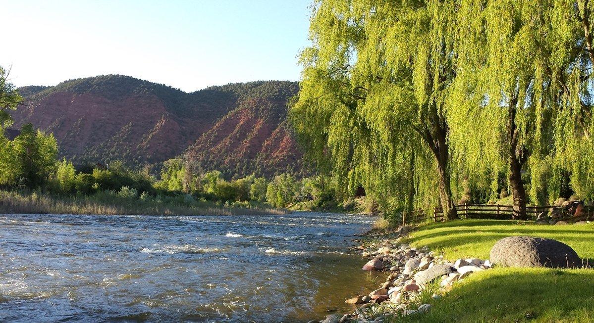 Glenwood Springs Roaring Fork River Property