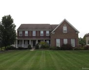23688 Lyon Ridge Dr, South Lyon image