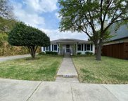 3722 Fairfax Avenue, Dallas image