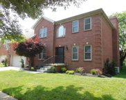 1004 Chasewood Way, Lexington image