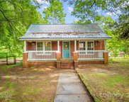 540 Hager Lake  Road, Mooresville image