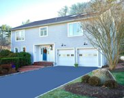 28 Oak Point S Dr, Bayville image