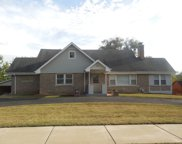 951 Meadowlawn Avenue, Downers Grove image