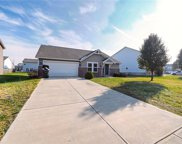 6147 Woods Edge  Drive, Mccordsville image