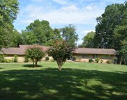 240 Lake Valley Rd, Hendersonville image