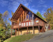 1627 Pinewood Way, Sevierville image