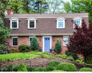 2075 Red Coach Road, McCandless image