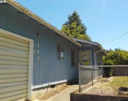 180 N VERNON, Coquille image