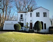 144 Baker Hill Rd, Great Neck image