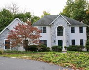 7326 Lochhaven, Upper Macungie Township image