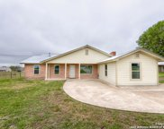 264 W County Road 5719, Devine image