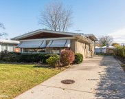 7343 North Keystone Avenue, Lincolnwood image