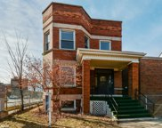 2419 West Gunnison Street, Chicago image