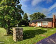 19415 EVERGREEN MILLS ROAD, Leesburg image