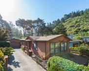 211 Naomi Ave, Pacifica image
