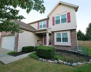 13113 Albion  Court, Fishers image