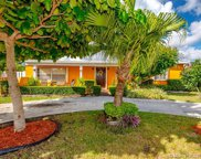 9255 Sw 42nd St, Miami image
