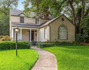 1154 N Edgefield Avenue, Dallas image