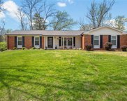 2047 Willow Leaf  Drive, Des Peres image