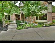 2047 S Ridgehill  Dr E, Bountiful image