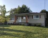 6508 Green Manor Dr, Louisville image