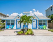 2515 Avenue C, Bradenton Beach image