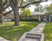 7012 Greentree Lane, Dallas image