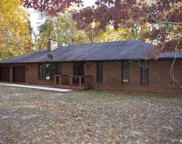 153 Oak Creek, Mount Olive image