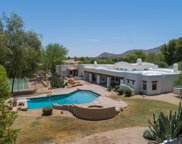 9401 N 53rd Place, Paradise Valley image