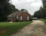 2305  Hounds Run Court, Monroe image