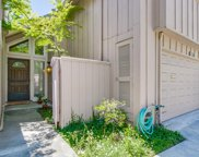 10137 Lamplighter Sq, Cupertino image