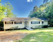 635 Sherwood Forest Drive, Woodville image