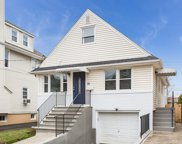 33 PIAGET AVE, Clifton City image