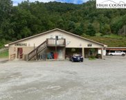 5235 Highway 421 South, Mountain City image