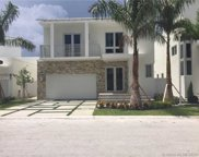 8276 Nw 34th St, Doral image