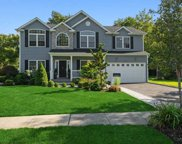 12 Perry  Court, Syosset image