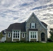 2643 HollowView, Forks Township image