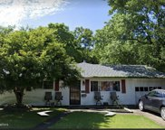 402 Brookforest Drive, Toms River image