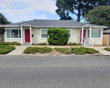 208 Pine Ave, Pacific Grove