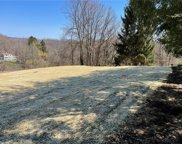 819 Old Thorn Run Rd, Moon/Crescent Twp image