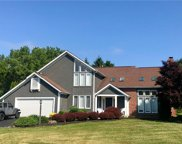 9 Pond Valley Circle, Penfield image