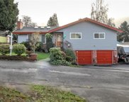 2025 SW 117th Place, Burien image