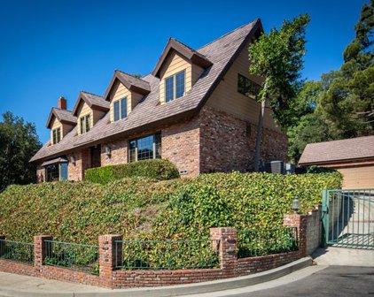 3787 Whiting Manor Lane, Glendale