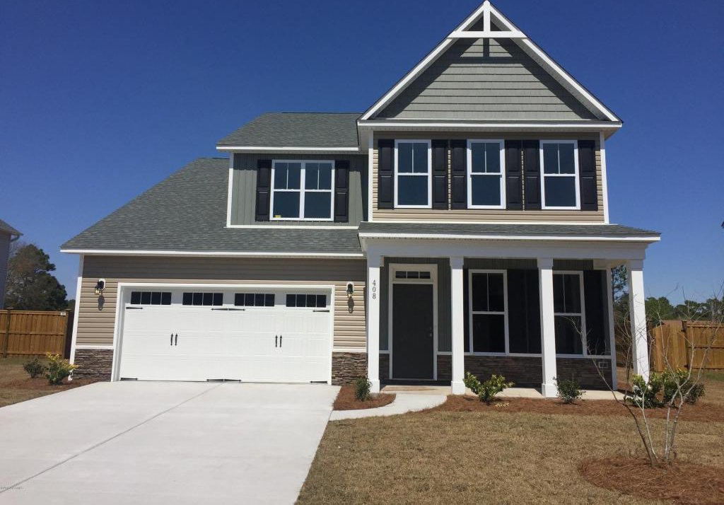 408 lehigh road wilmington 28412 for Two story homes under 200k