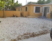 2256 Cody St, Hollywood image