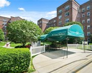 90 Bryant Avenue Unit Embassy-4E, White Plains image