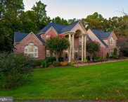 5806 Fairview Woods Dr, Fairfax Station image