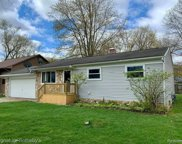 3668 KNOLLVIEW, West Bloomfield Twp image